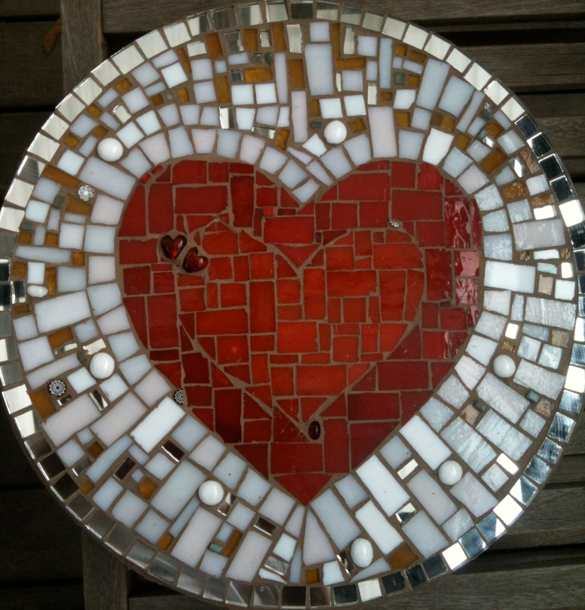 5 things to know before you let mosaic into your life {collecting, making,treasure}